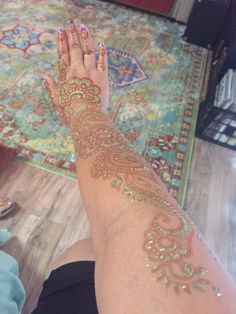 We Heart Henna: West Hills, CA