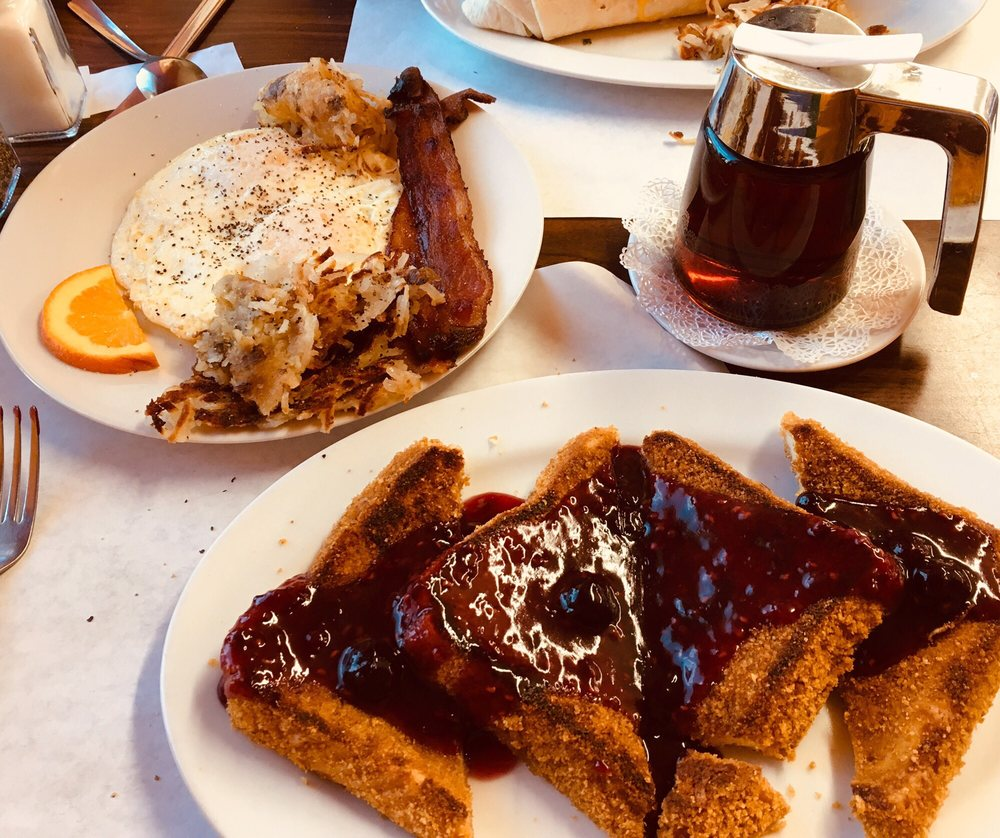 Hart & Soul Cafe: 25 4th St SW, Hickory, NC