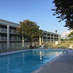 Photo Of Motel 6 Frederick Md United States The Large Heated Pool