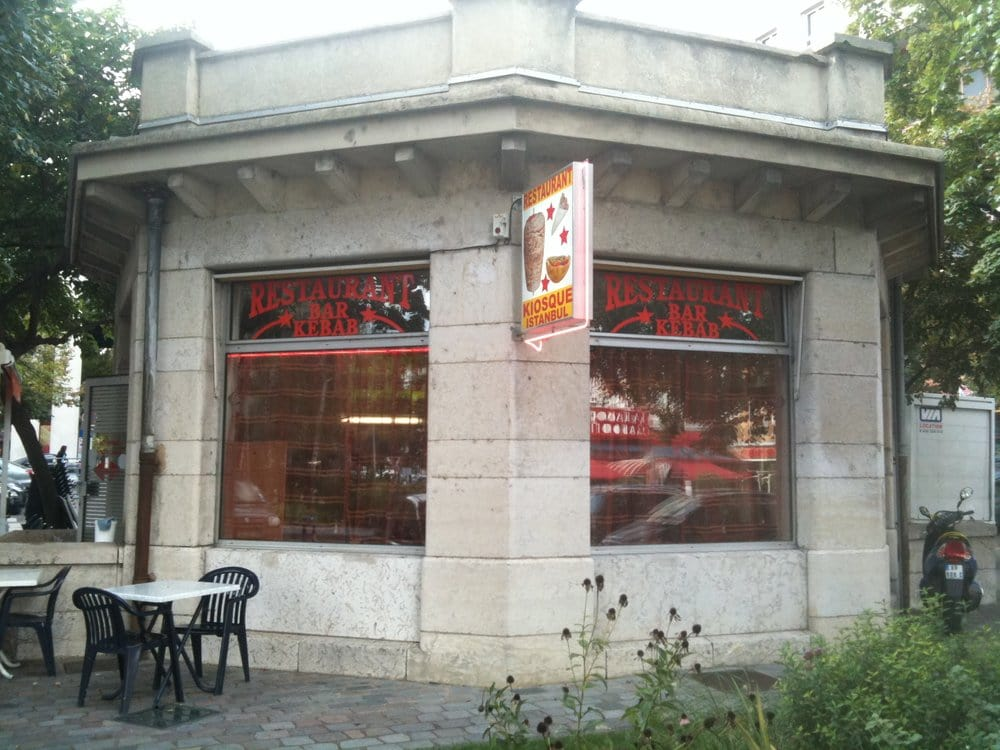 kiosque d istanbul takeaway fast food 3 place des. Black Bedroom Furniture Sets. Home Design Ideas