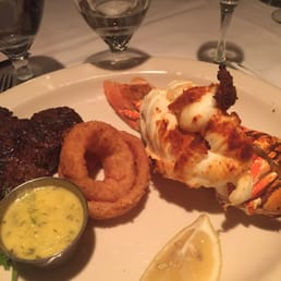 The River Palm Terrace - Edgewater, NJ, United States. Surf and turf.