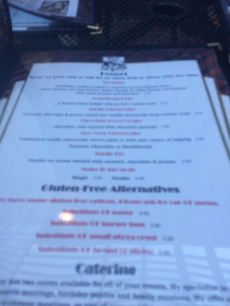 Speak Easy Restaurant: 1001 30th Ave S, Moorhead, MN