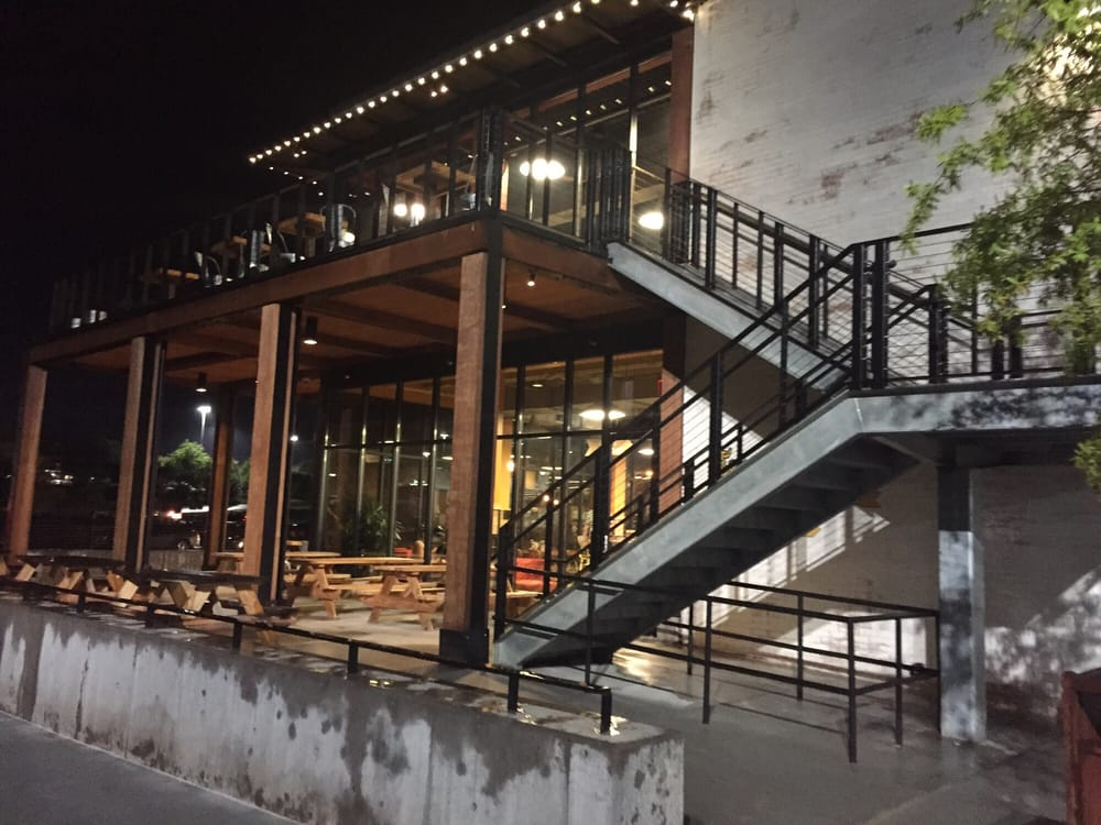 Restaurants Near  Tunnel Road Asheville Nc