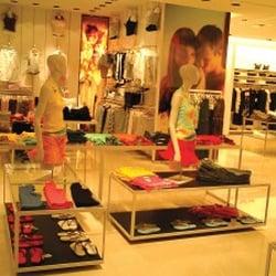 Zara accessoires 109 rue saint lazare saint lazare grands magasins pari - Zara home france magasins ...