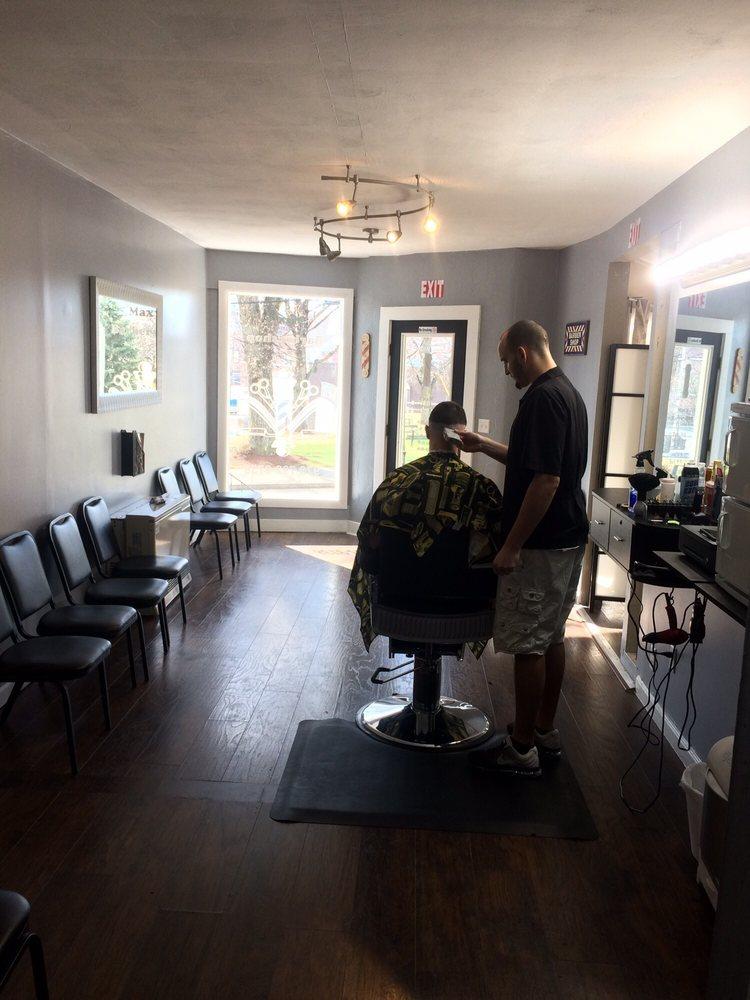 Max's Barbershop: 35 Summer St, Maynard, MA