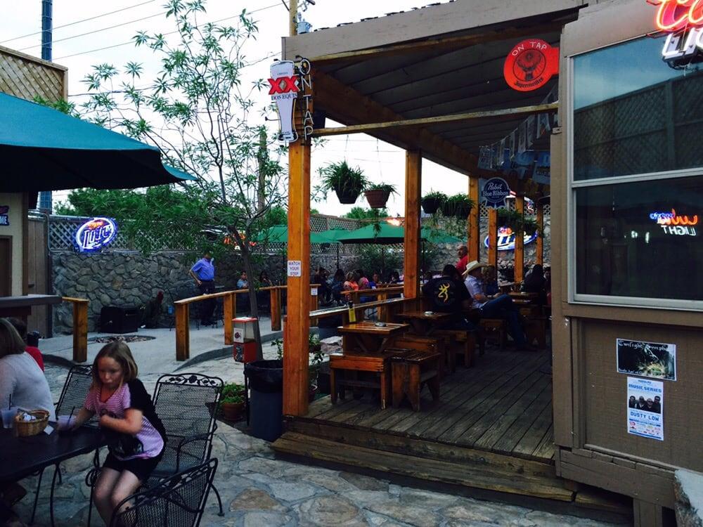 Aceitunas Beer Garden: 5200 Doniphan Dr, El Paso, TX