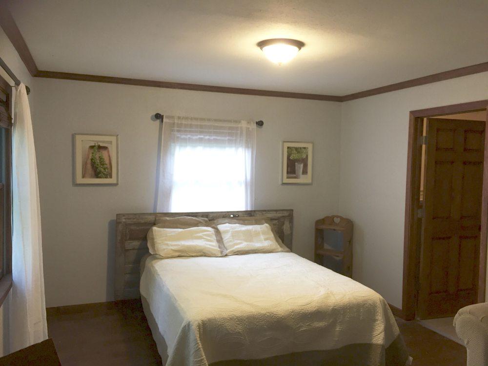 Sugar Creek Retreat: 8214 W State Rd 234, Waveland, IN