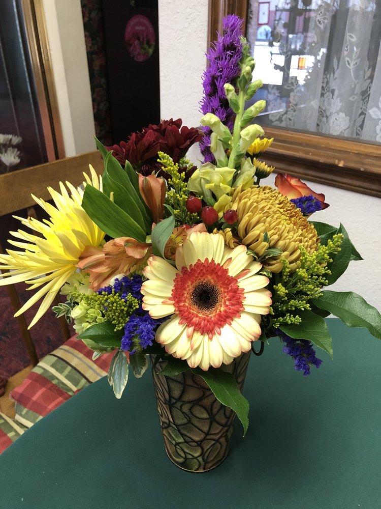 Flowers By Pat: 4213 N MacArthur, Oklahoma City, OK
