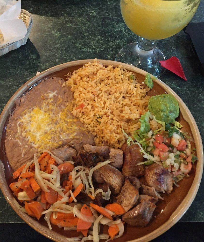 Casa Rojas Mexican Restaurant and Cantina: 403 Madison Ave N, Bainbridge Island, WA