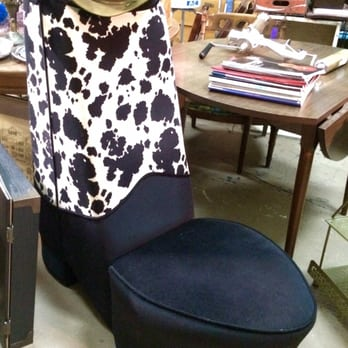 Photo Of Flashbacks Recycled Fashions   Gainesville, FL, United States.  Very Cool Chair