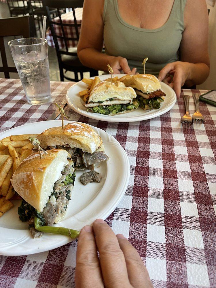 East Bay Italian Grill: 696 E Bay Ave, Barnegat, NJ