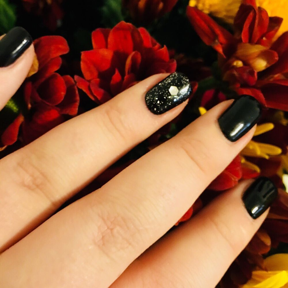 Ravenswood Nail Party: 1716 W Lawrence Ave, Chicago, IL