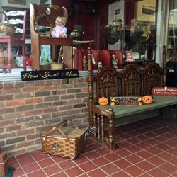 Amazing Photo Of Brownu0027s Pastimes Decor Antiques U0026 Collectibles   Front Royal, VA,  United States