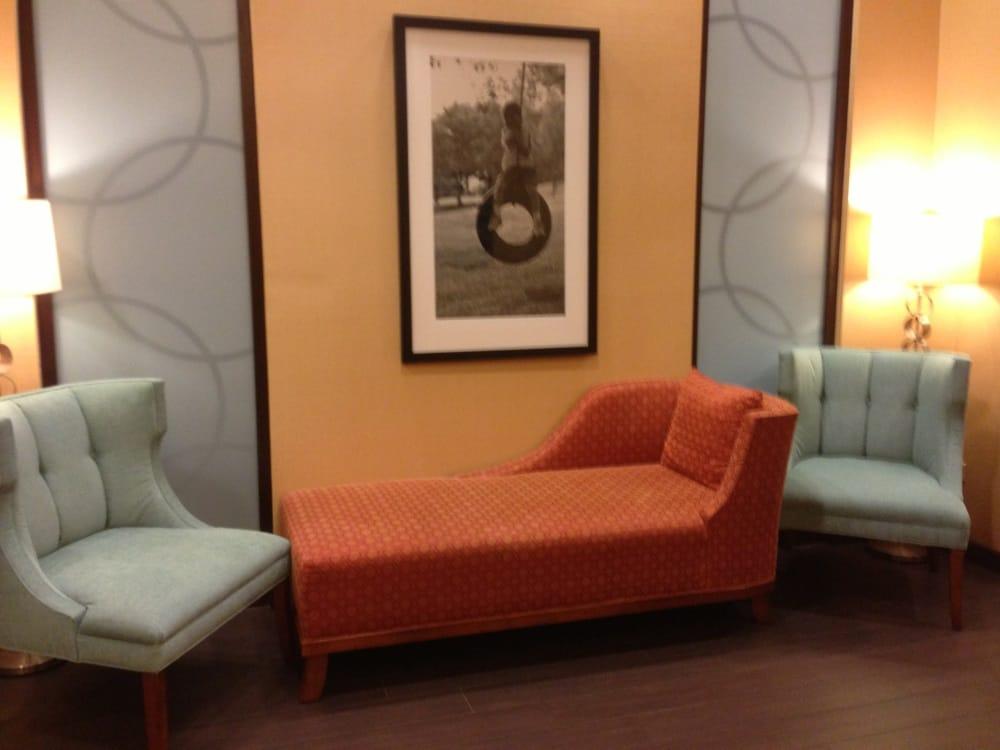 photos for hampton inn suites chicago north shore skokie. Black Bedroom Furniture Sets. Home Design Ideas