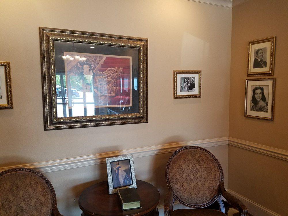 Daniel's Steak House: 273 Big Sky Dr, Hiawassee, GA