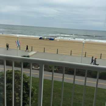 Beach Parking Near  Atlantic Ave Virginia Beach Va