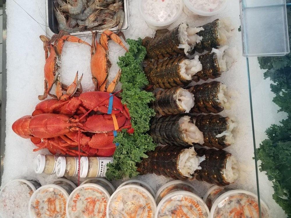 Harbor House Seafood: 504 Bridgeville Hwy, Seaford, DE