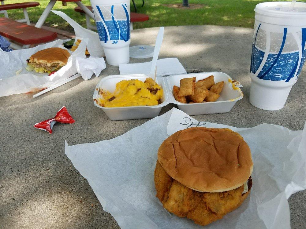 Burger Fixin: 211 E Pecan St, Celina, TX