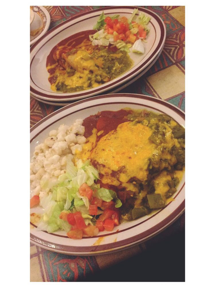 El Rialto Restaurant & Lounge: 141 Bridge St, Las Vegas, NM