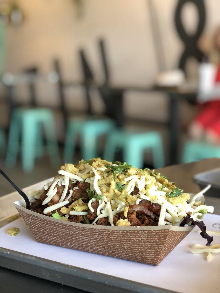 Tin & Taco - Sodo: 419 E Michigan St, Orlando, FL