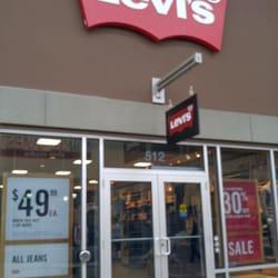 Levi s Outlet Store - Women s Clothing - 13850 Steeles Avenue W ... 46a3c39da