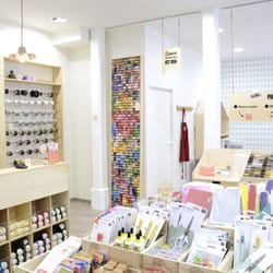La petite epicerie 19 photos knitting supplies - Boutique loisir creatif paris ...