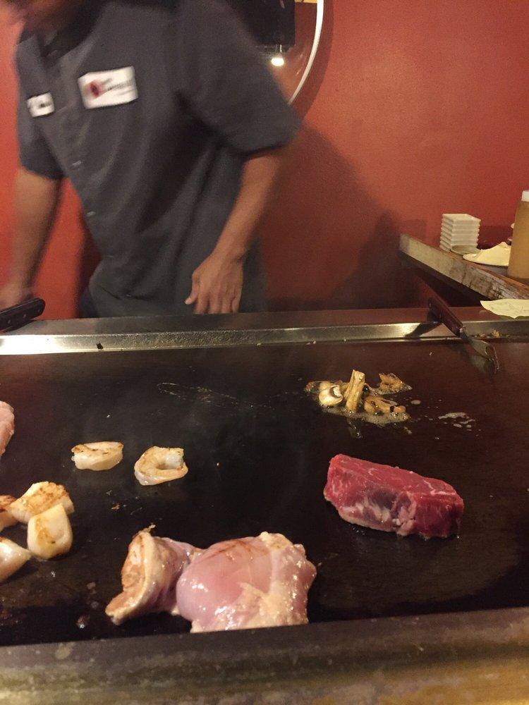 Shogun Japanese Steakhouse: 2057 Zumbehl Rd, St. Charles, MO