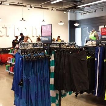 607819c6f187f Nike Factory Store - 23 Photos   12 Reviews - Shoe Stores - 300 ...