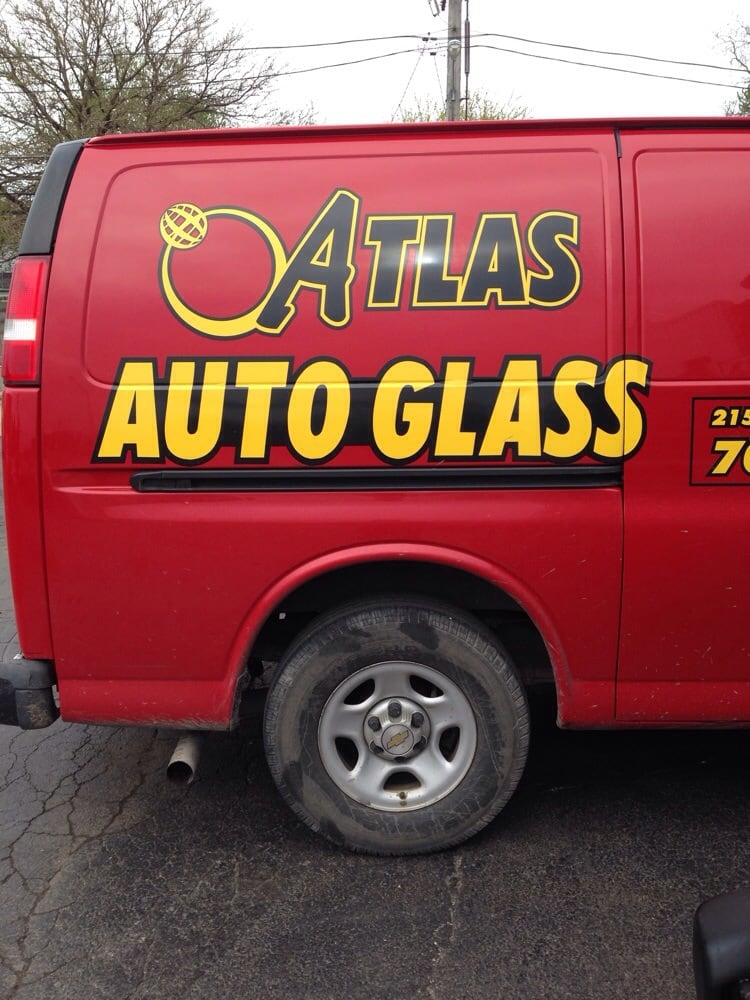 Atlas Auto Glass Repair: 215 25th Ave, Bellwood, IL