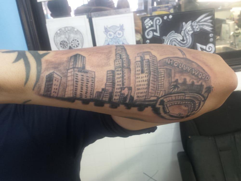 Rage tattoo studio 23 photos tattoo 6411 whittier for Tattoo convention los angeles