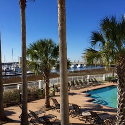 Courtyard Charleston Waterfront - 41 Photos & 53 Reviews - Hotels ...
