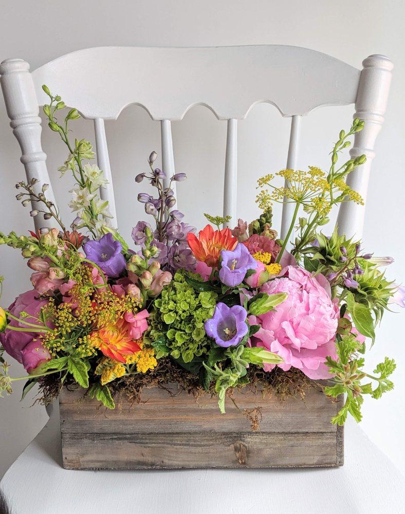 Eden Floral and Events: 6901 West 72nd St, Overland Park, KS