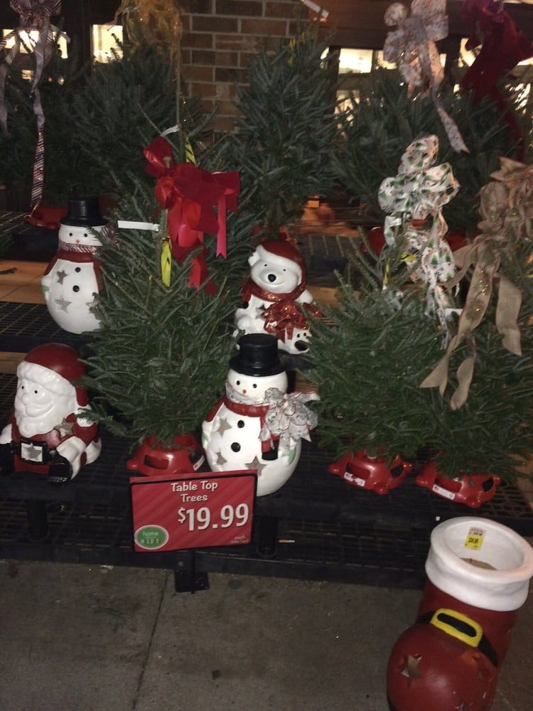 Photo of Kroger - Columbus, OH, United States. Christmas decor outside  Morse Rd - Christmas Decor Outside Morse Rd. Kroger - Yelp