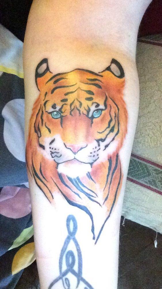 Baker street tattoo 13 reviews tattoo parlours 26 w for South street tattoo