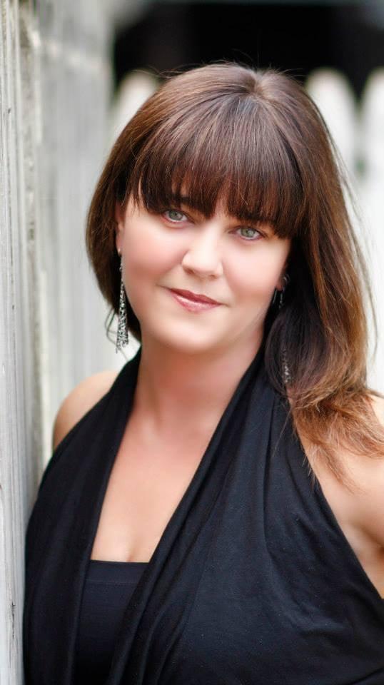 Dree co 24 photos coiffeurs salons de coiffure for Samantha oups au salon de coiffure