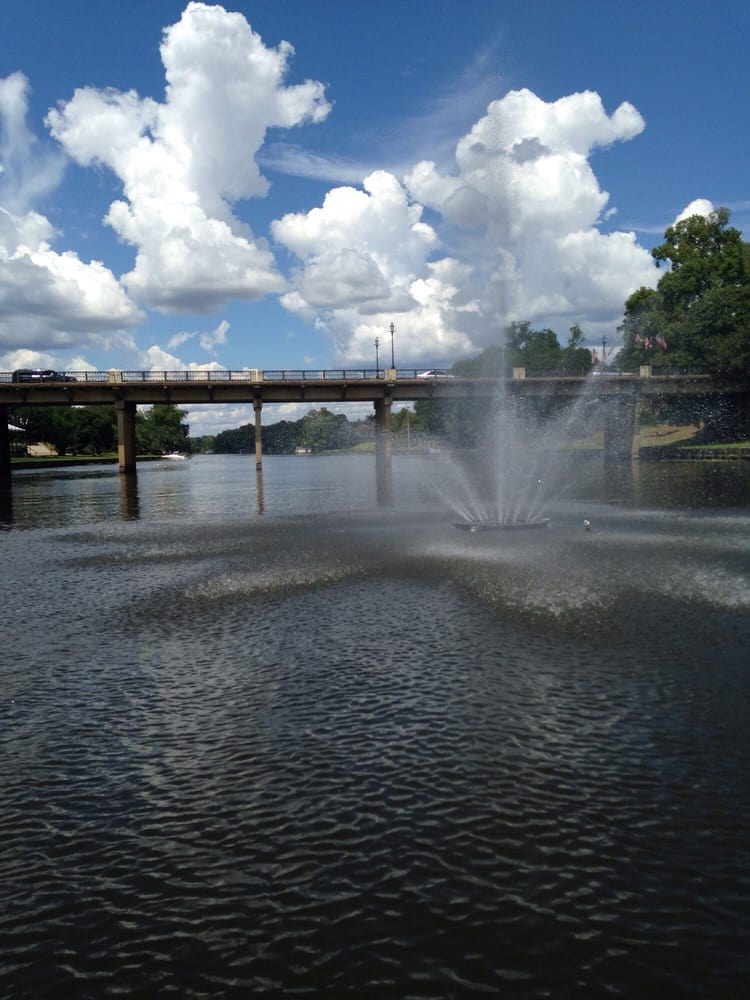 Cane River Boat Tours: 530 Front St, Natchitoches, LA