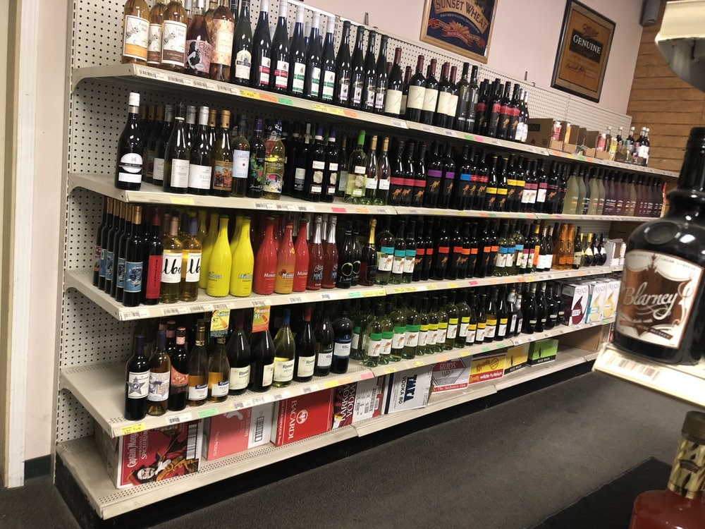 Atwater Liquor: 109 Pleasant Ave W, Atwater, MN