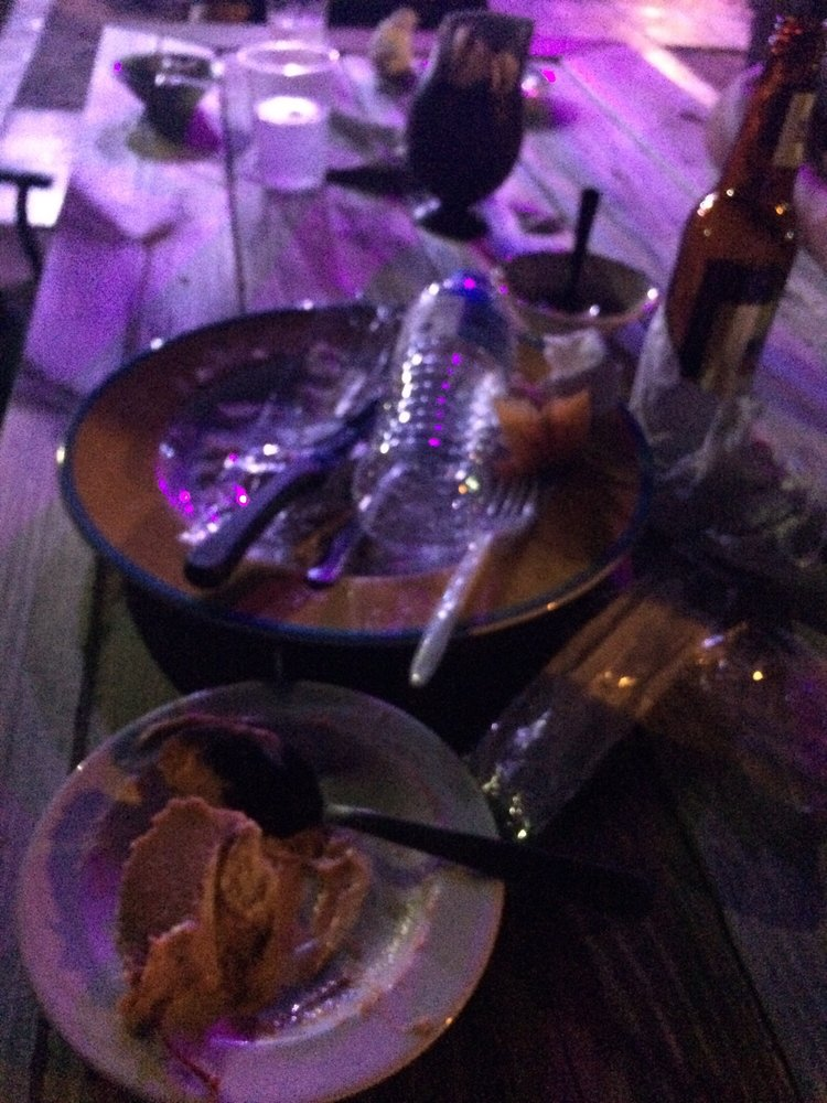 Kandela Bar & Grill: Carretera 901 S/N, Maunabo, PR