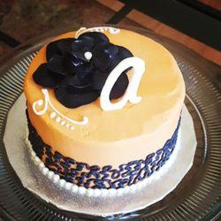 Incredible Best Cupcakes Near The Pub By Wegmans In Alexandria Va Yelp Personalised Birthday Cards Veneteletsinfo