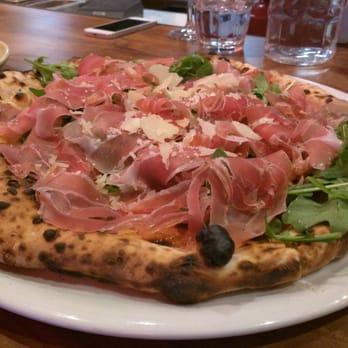 photo of farina pizza cucina italiana san francisco ca united states
