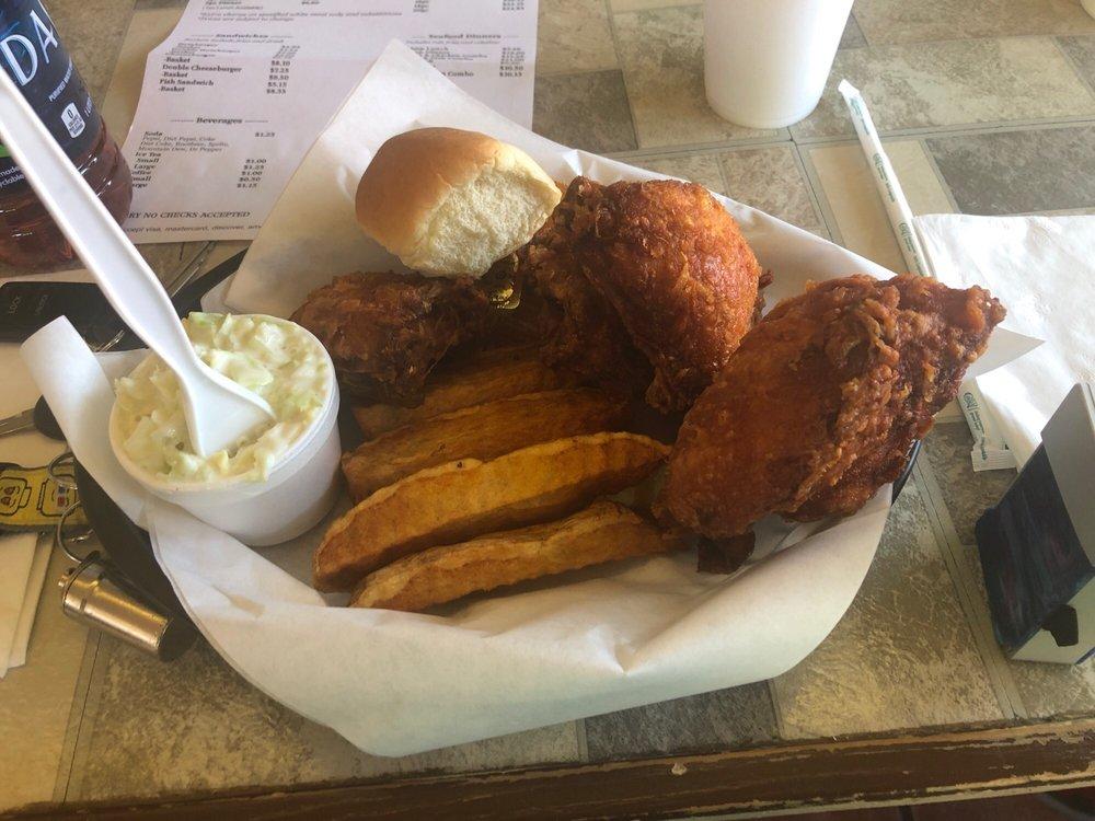 Dick's Broasted Chicken: 708 W Live Oak St, Miami, AZ