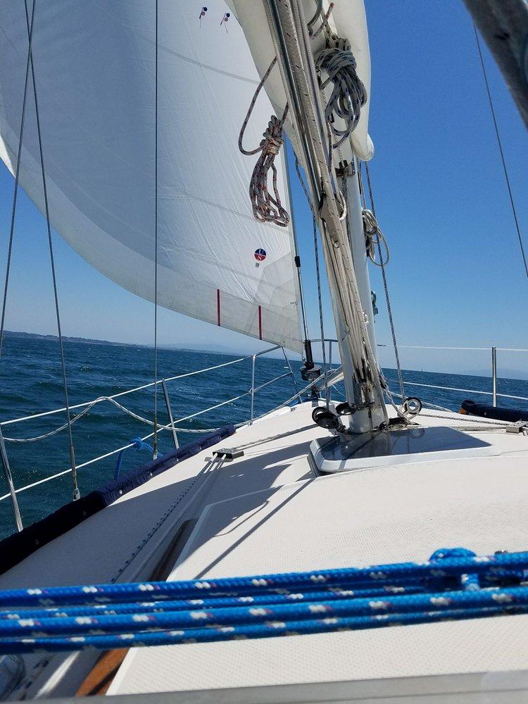 Lighthall Yacht Charters