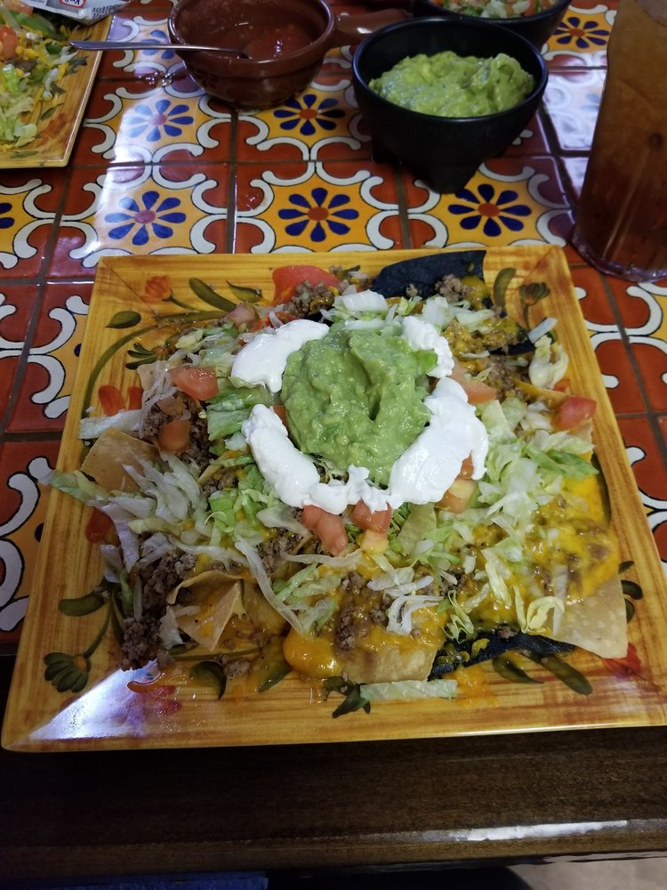 Rosa's  Authentic Mexican Restaurant: 814 E Broadway, Denver City, TX