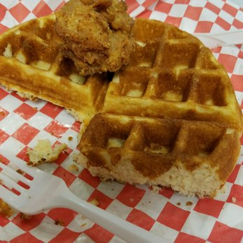 Chicken And Waffles For The People 41 Photos 29 Reviews Food