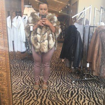 d6f02178e921 Photo of Donna Salyers' Fabulous-Furs - Covington, KY, United States