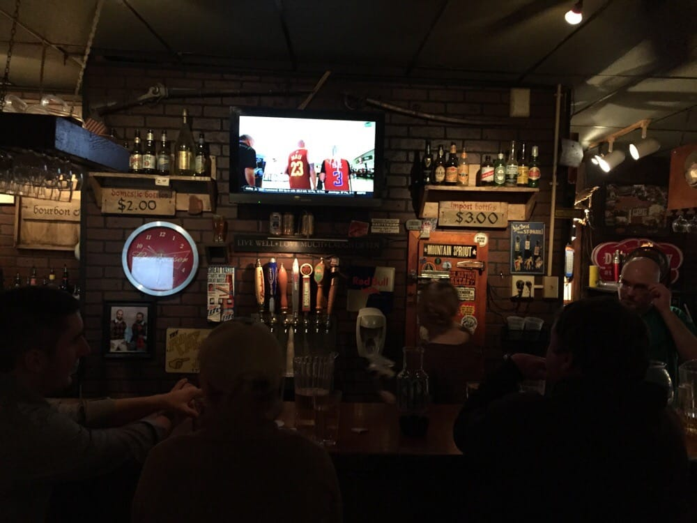 The Stonewall Tavern: 115 S Knoblock St, Stillwater, OK
