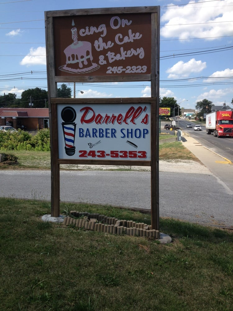 Darrell's Barber & Styling Shop: 523 S Main St, Jacksonville, IL