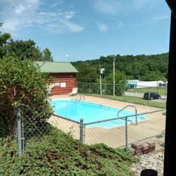 Photo Of Dover Inn Motel Cabins Tn United States Pool
