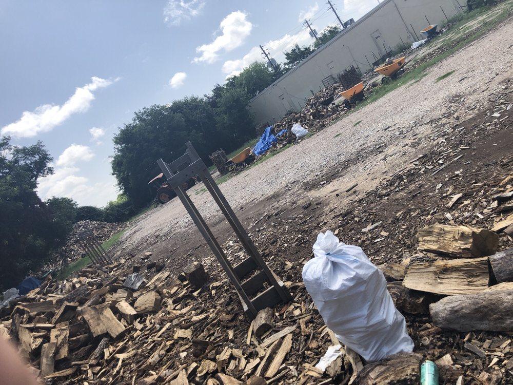 Harley's Firewood: 13499 N Hwy 183, Austin, TX
