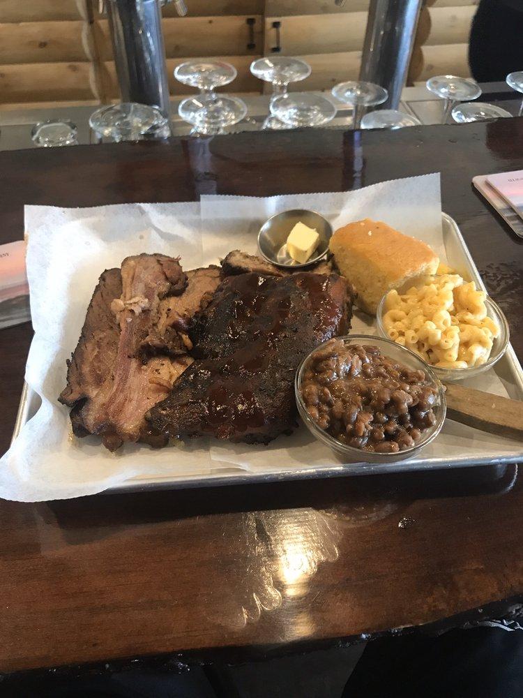 Timberwolves Restaurant: 45 Main St, Mars Hill, ME
